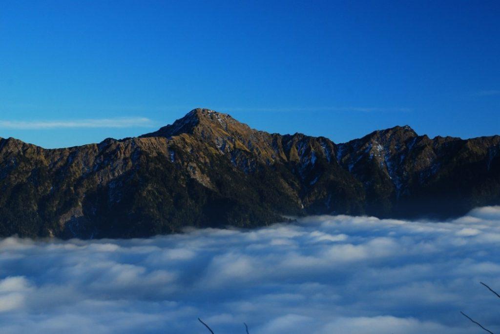 雲海、逆溫層 山野百科   戶外研究站   高山氣象